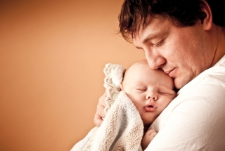 father-sleeping-baby-small