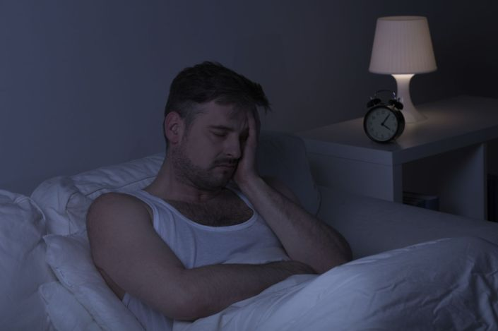 man-insomnia-sleep-bed-tired-painiStock_000081485995_Medium